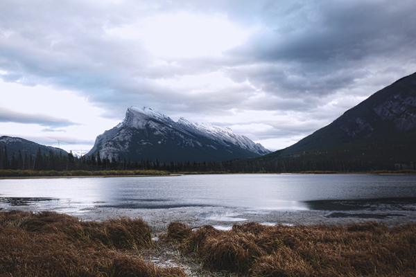 5 must see lakes in Banff National Park Vermillion Lakes
