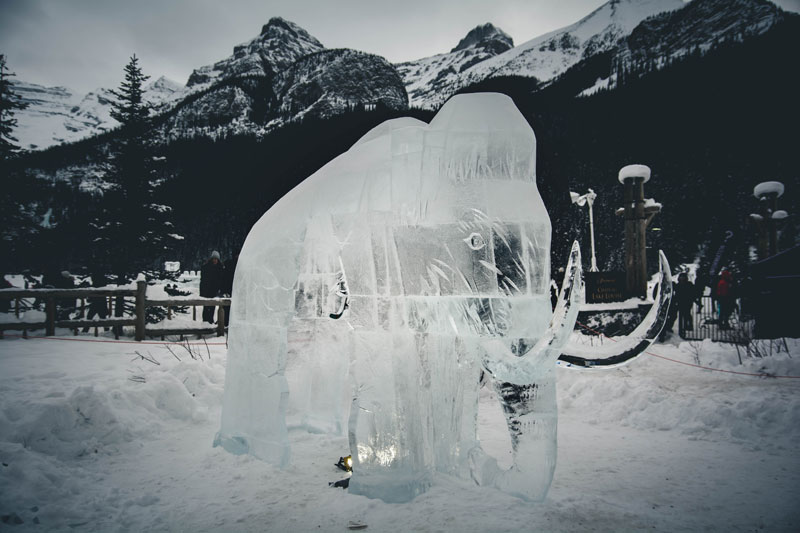 Visiting Banff Canada in winter but are on a tight timeframe? This complete winter guide for Banff Canada has everything you need to make the most out of your trip in only 72 hours. No more missing out! - Lake Louise